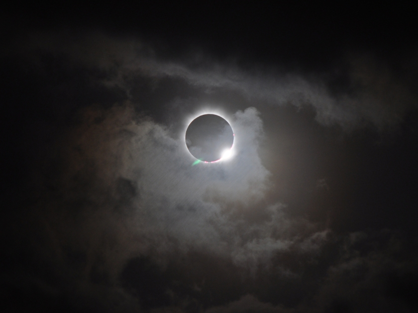 706834main_20121113-solareclipse_full